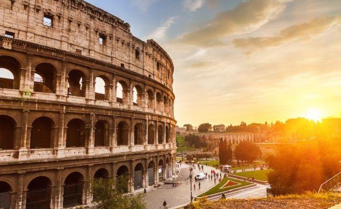 едно от седемте чудеса на света, колизеума в Рим, Италия