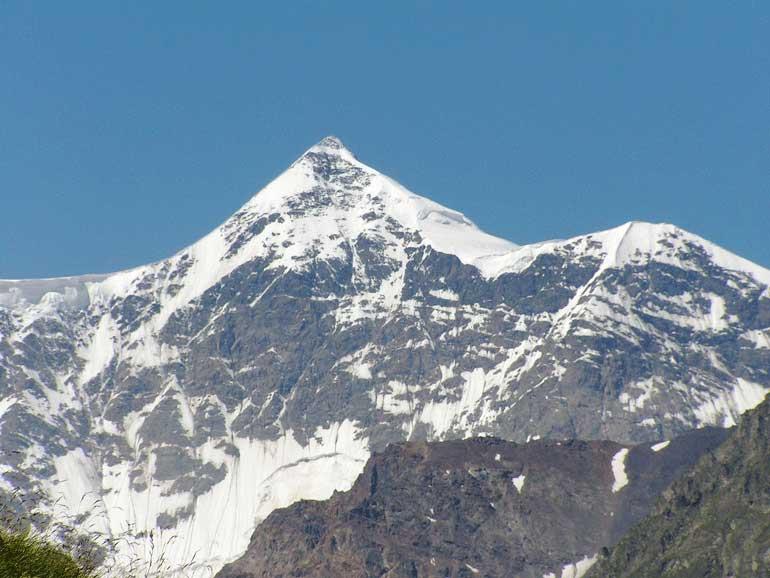 Най-високият връх в Европа №10, Гестола