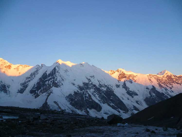 Най-високият връх в Европа №5, Джанги-Тау
