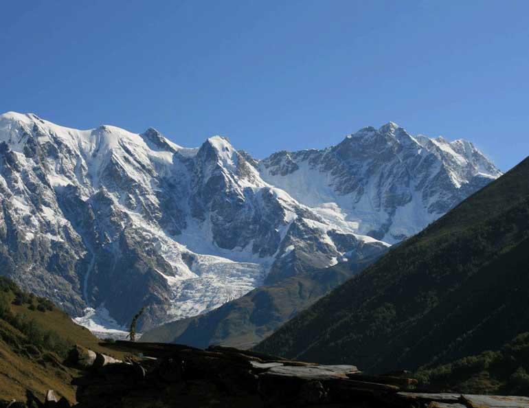 Шхара, третият по височина връх в Европа