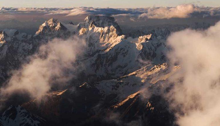 най-високият връх в европа