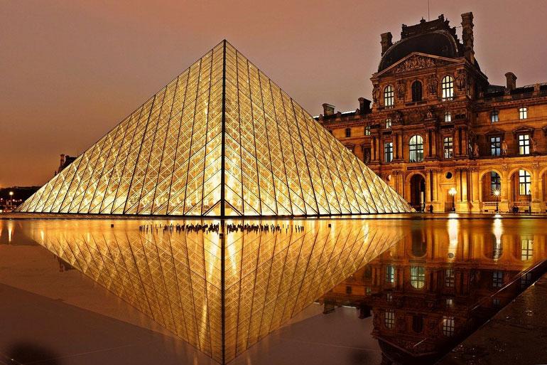 Франция Лувъра