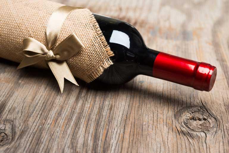 червено вино за свети валентин