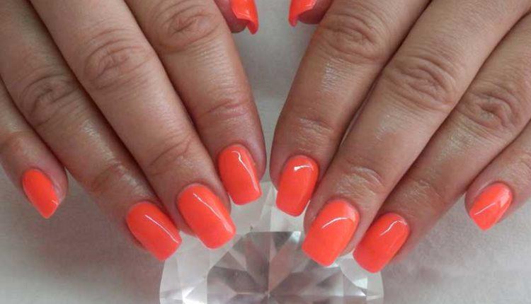 маникюр в оранжево